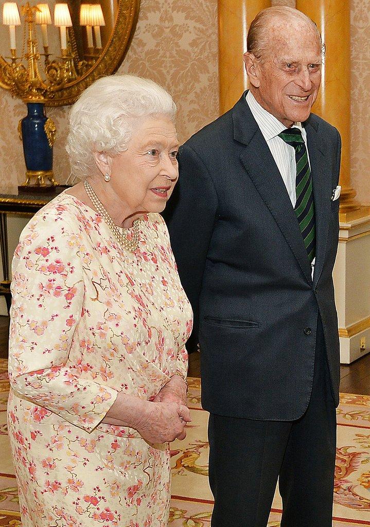 زوج الملكة إليزابيث في المستشفى | الحسناء