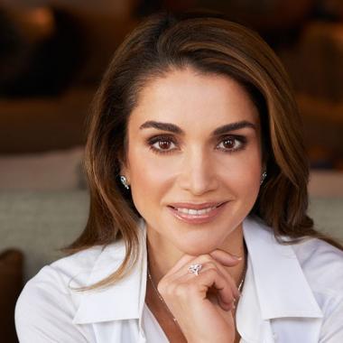 الملكة رانيا لم تذكر في قائمة أغنى النساء العربييات
