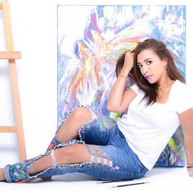 لمياء منهل: الفن بحر وأنا من مواليده!