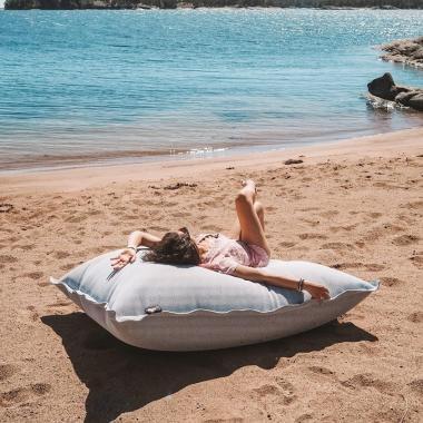 هل ترغبين قضاء عطلتك في جزيرة ممنوعة على الرجال؟