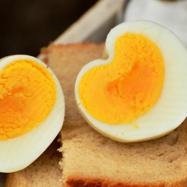 تناول بيضة يومياً يقلل من خطر الإصابة بأمراض القلب