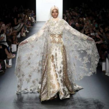 أزياء المحجبات للمرة الأولى في أسبوع الموضة في نيويورك