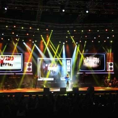 """مهرجان """"إهدنيات"""" يفتتح ليلته الأولى مع """"Music Hall"""""""