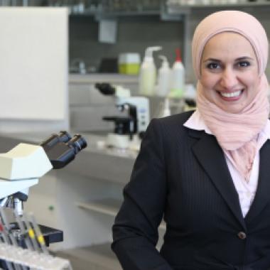 خمسُ باحثاتٍ عربيّات: «ماضياتٌ في سبر أغوار العلم»