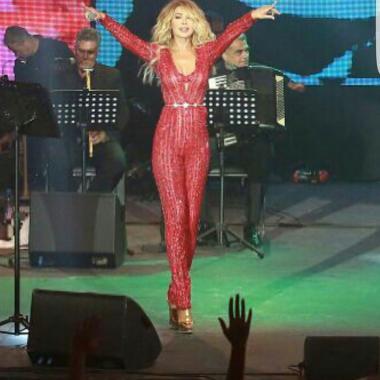 نوال الزغبي تجعلُ من مسرح أعياد بيروت مسرحاً ذهبياً