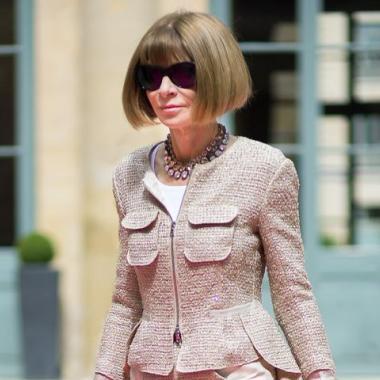 """آنا وينتور سيدة الموضة تتربع على عرش""""أقوى امرأة في الإعلام!"""