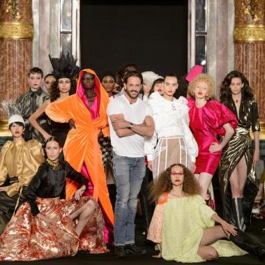 فانتازيا رونالد فان دير كيمب في أسبوع الموضة الباريسي