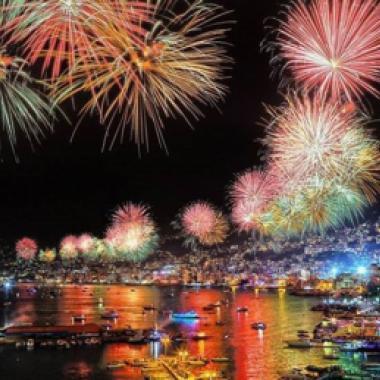 كل الألوان في ليل مدينة جونيه مع افتتاح مهرجاناتها