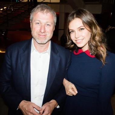 رقم قياسي جديد في تعويضات الطلاق لصحافية روسية