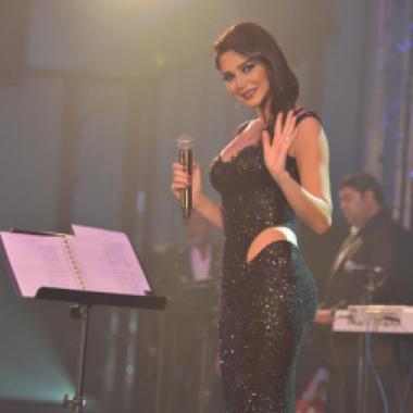 أناقة سيرين عبد النور ... لبنانية