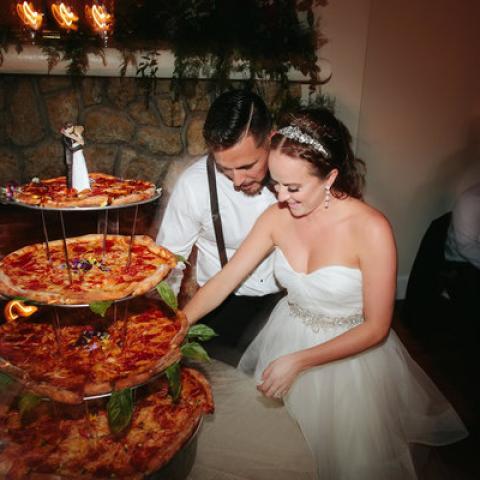 كعكات زفاف غير تقليدية للذين يفضلون المالح على الحلو!
