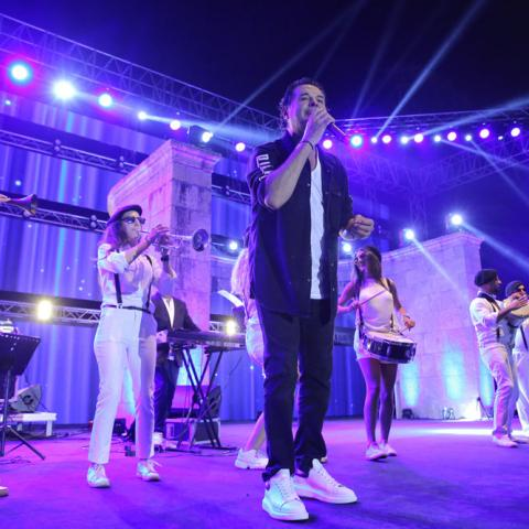 غوسطا تتربّع على عرش أفضل مهرجانات الصيف في أروع حفل للسوبر ستار راغب علامة