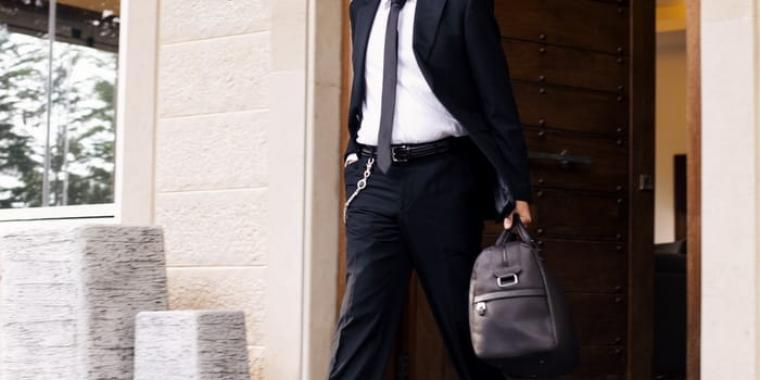 الممثل شادي حداد يدخل عالم السياسة والبرجوازية