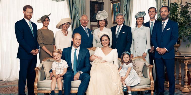 الصور الرسمية لمعمودية الأمير الصغير لويس