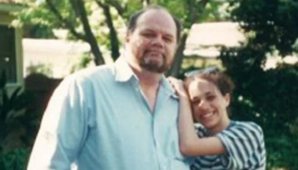 والد ميغان ماركل تراجع عن حضور زفافها