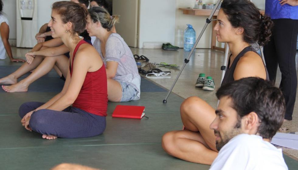 كورين سكاف: contact improvisation أول عمل فني راقص في لبنان يكسر حواجز الجندرية!