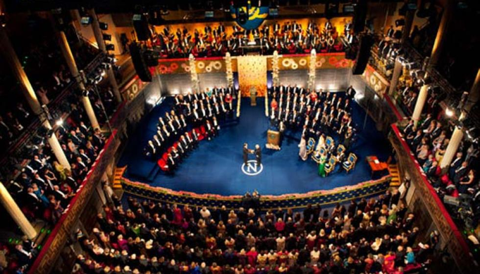 هل يعتذر ديلن عن حفل نوبل؟