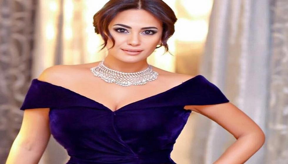 هل تقصّدت تاراجي هينسون ارتداء فستان هند صبري في حفل الأوسكار؟