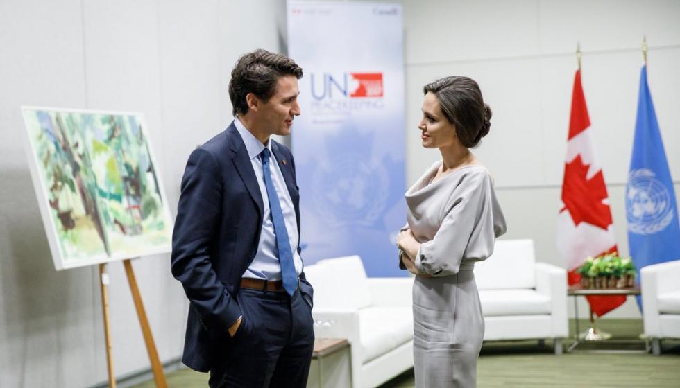 أنجلينا جولي في مؤتمر للأمم المتحدة السلام في فانكوفر مع جاستن ترودو