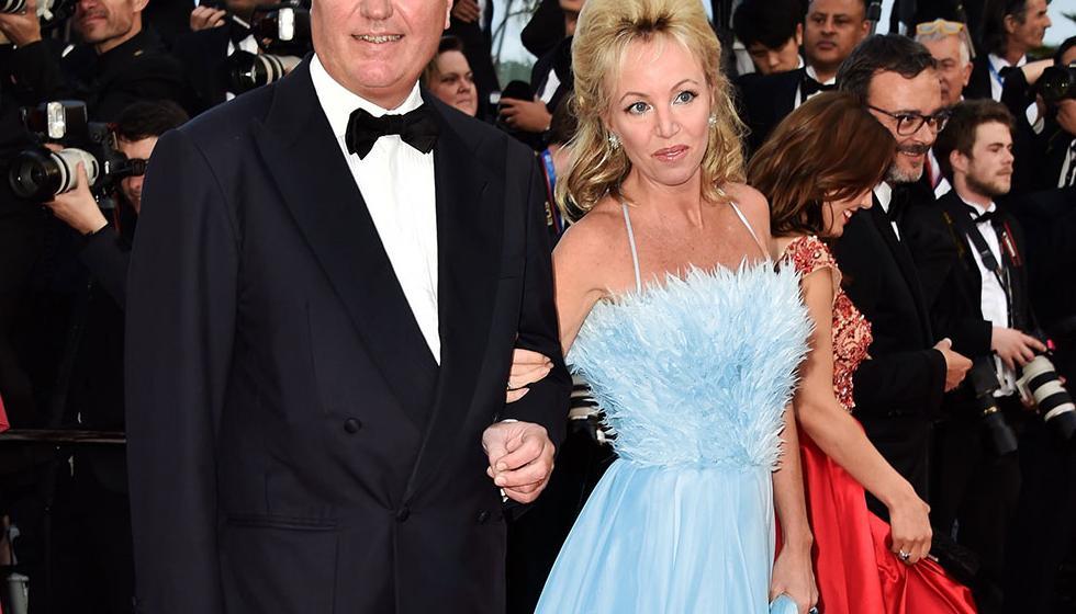 أميرة دو بوربون تتألق بفستانٍ لجورج شقرا