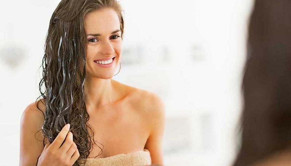 تخلّصي من الشعر الجاف بوصفات من مطبخك