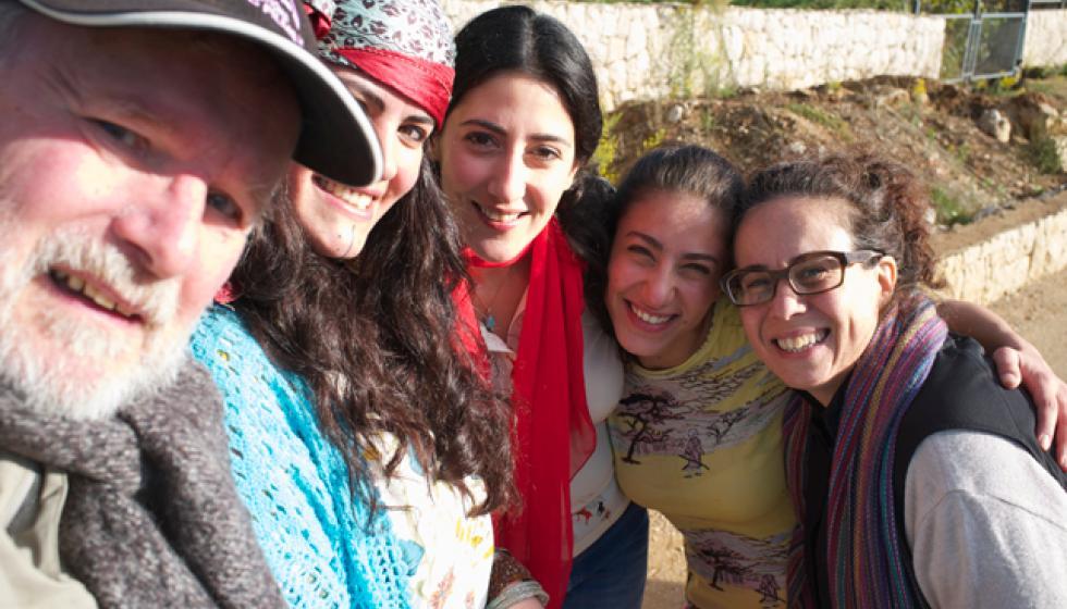 """""""الوجه الآخر لتشرين"""" لـ ماريان زحيل: بين الهجرة إلى كيبيك والبقاء في لبنان"""