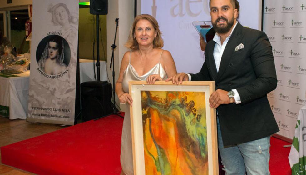 فنان مغربي يساعد مرضى السرطان بإسبانيا