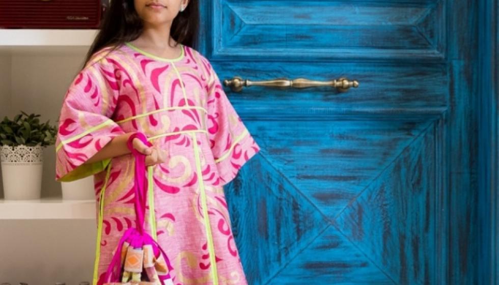"""نازك الصبّاغ تكرّم بنات شهداء الإمارات عبر أزياء """"حق الليلة"""""""