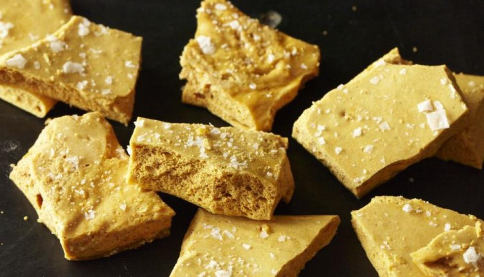 أقراص العسل الـHoneycomb الشهية لعطلة نهاية أسبوع ممتعة!