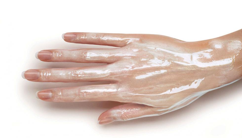 وصفات طبيعية لعلاج اليدين