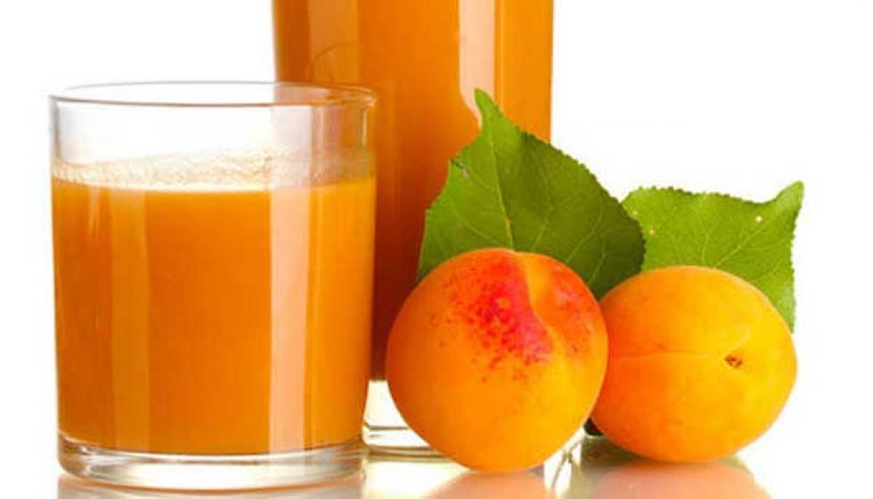 عصير ومشمش مسلوق أقنعة لنضارة البشرة