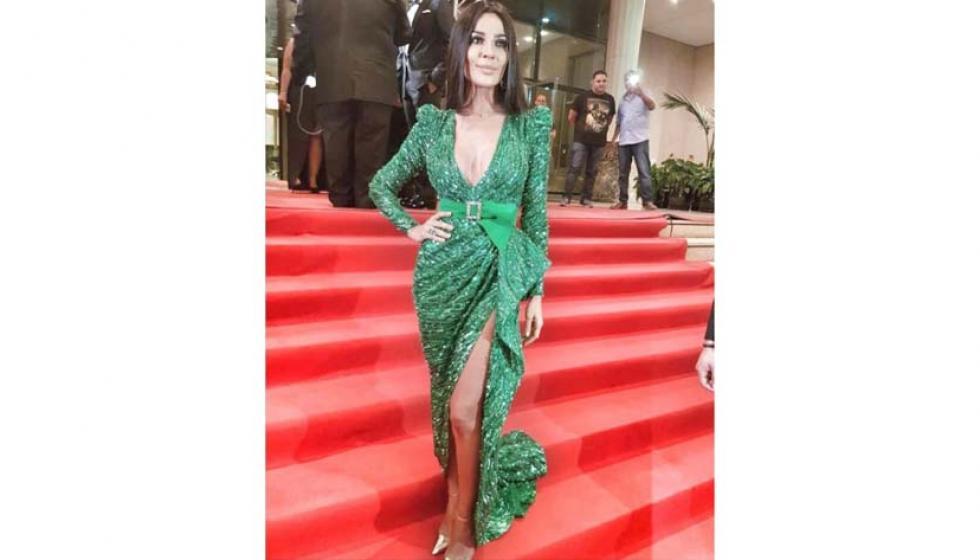 من الأجمل في فستان زهير مراد نادين أم سيلين؟