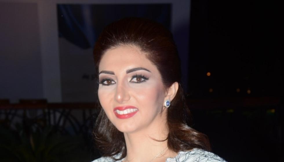 الكاتبة اللبنانية نورا الحريري توقّع في مصر باكورة أعمالها