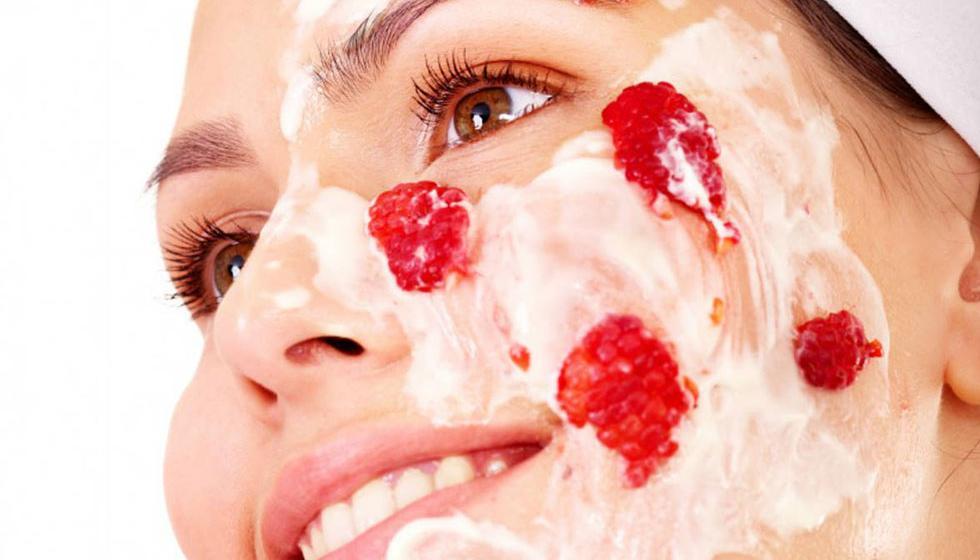 آب اللهاب...كيف تتخلصين من آثاره على بشرتك؟