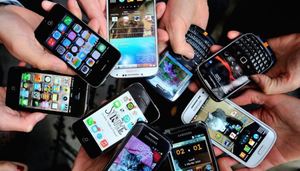 هكذا أثرت التكنولوجيا على العلاقات العائلية في عيد الفطر!