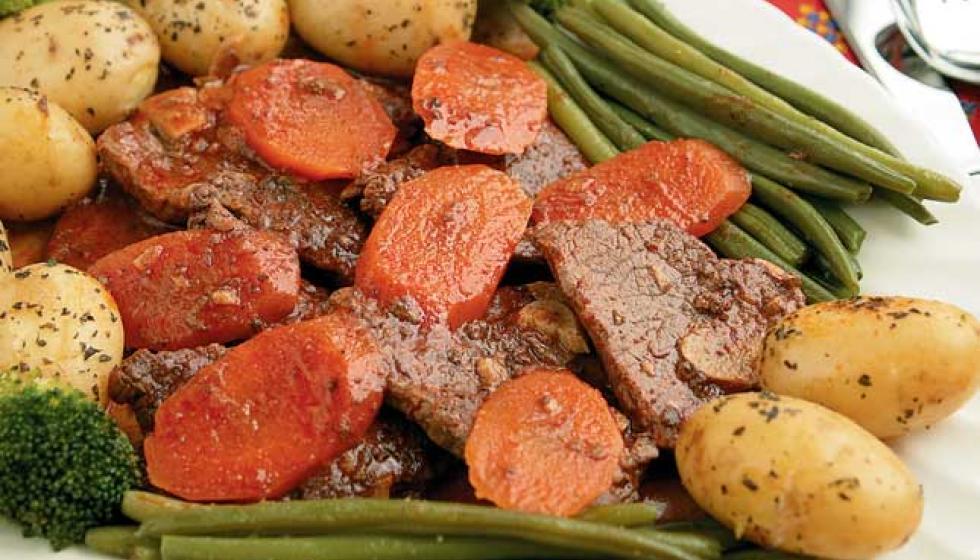 فيليه شرائح اللحم بصلصة البندورة