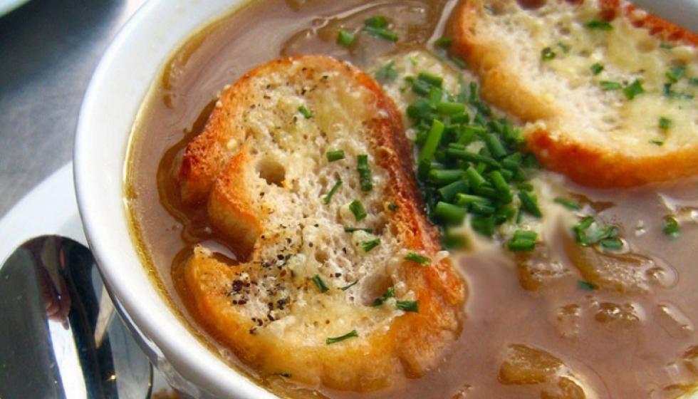 حساء البصل الفرنسي