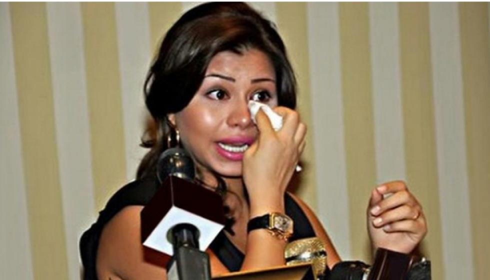 سالم الهندي يعاقب شيرين: عليها أن تعتذر أولا