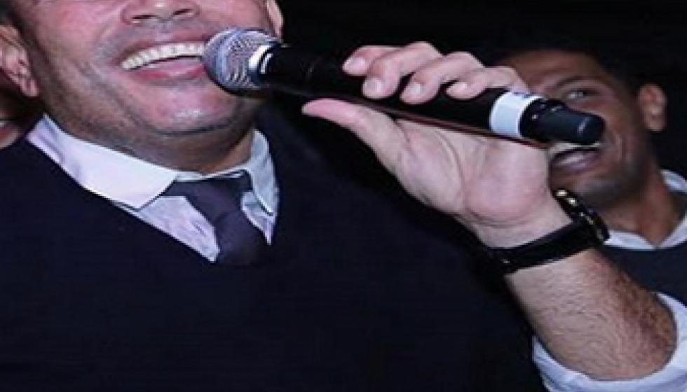 هل تزوج عمرو دياب مديرة اعماله فعلاً؟