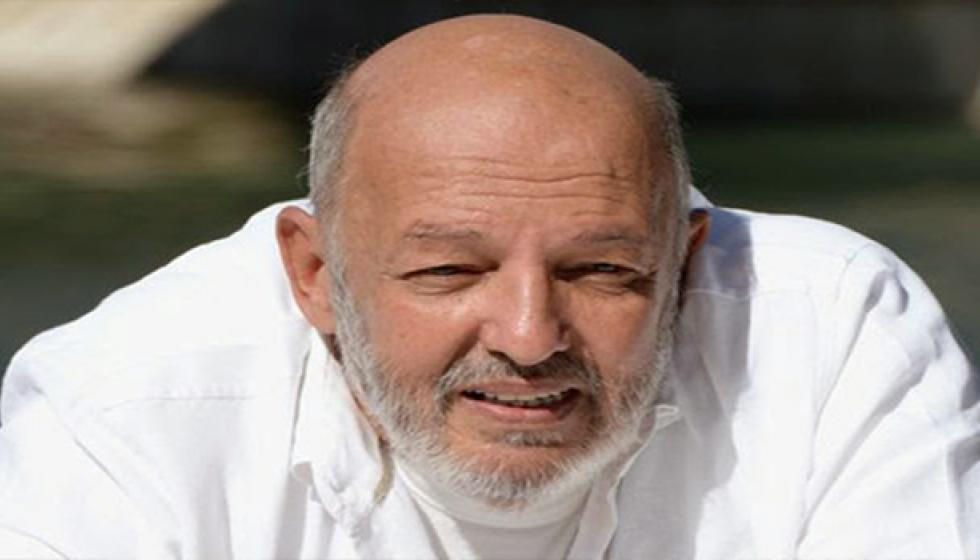 وفة المخرج الكبير محمد خان