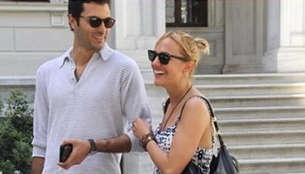 مريم أوزرلي برفقة حبيبها التركي الجديد
