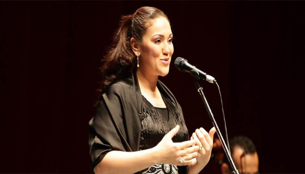 من هي النجمة المصرية التي سخرت من إعتزال دوللي شاهين؟