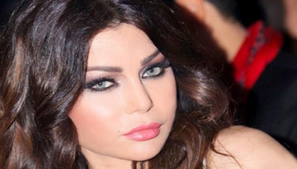 هيفاء وهبي نجمة مهرجان اعياد بيروت