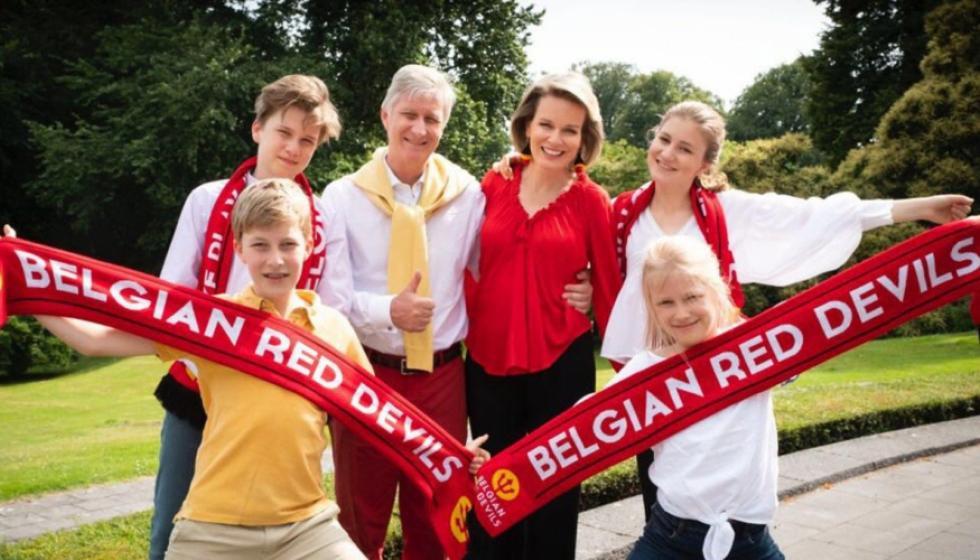 ملك وملكة بلجيكا إلى روسيا لتشجيع منتخب بلادهما الليلة