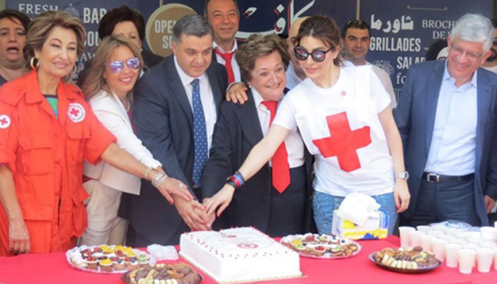 سفيرة الصليب الاحمر اللبناني يارا في حملة دمنا بيجمعنا