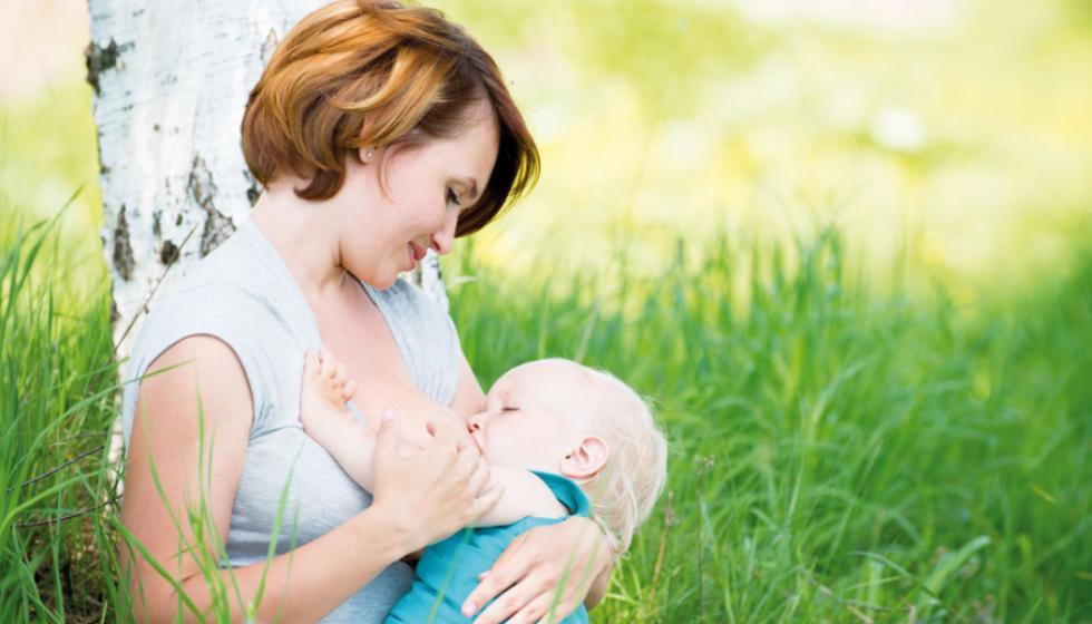 الرضاعة الطبيعية: ستصبحين أماً؟ الخيار لكِ والفوائد لكما!