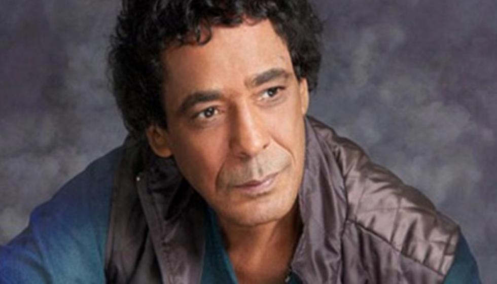 محمد منير خضع لجراحة