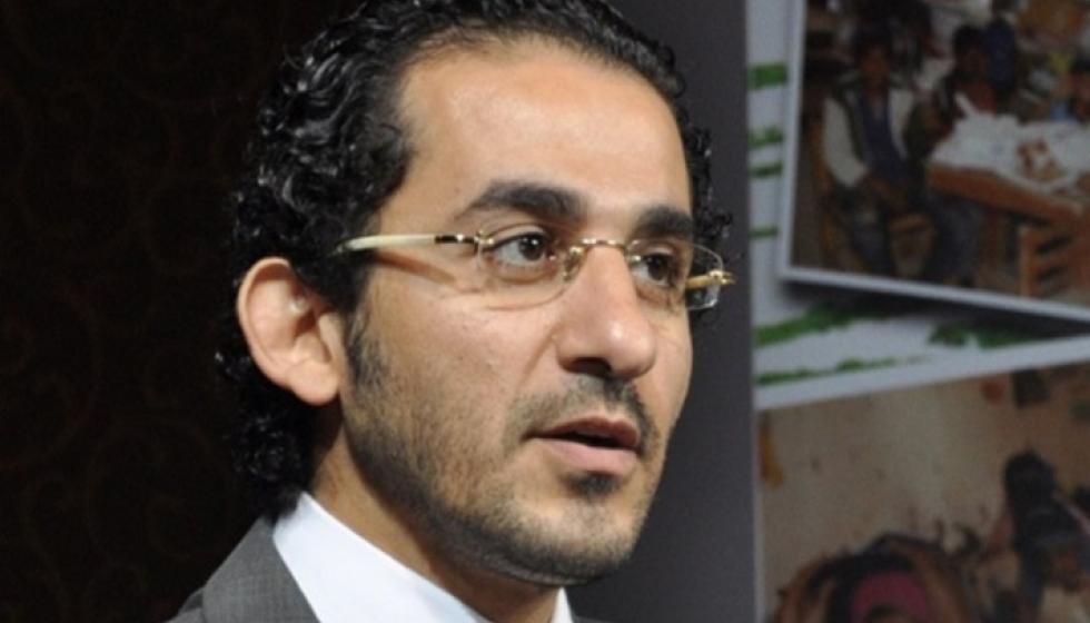 أحمد حلمي يحذّر: هذه حساباتي على مواقع التواصل