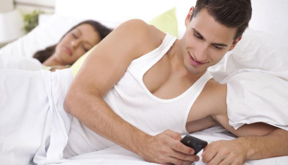 هل تجدد الخيانة الزوجية العلاقة الحميمة؟