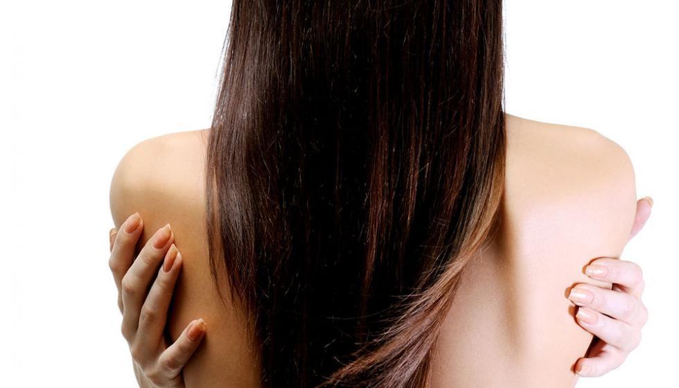 استعيدي رونق شعرك بعد موسم البحر